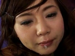 Hot Japanese girl Performs Deep Throat