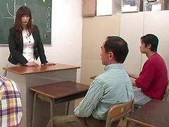 Young babe Reiko Shimura giving cocks head