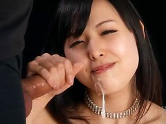 Girlfriend Natsuki Yokoyama's hot handjob