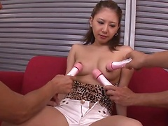 Happy Japanese hottie Mariru Amamiya facialized after hot pussy rubbing