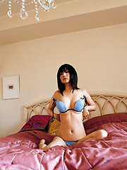 Alluring gravure idol babe looks incredible in her lingerie - Japarn porn pics at JapHole.com