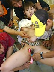Cock loving Japanese teenie - Japarn porn pics at JapHole.com