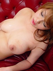 Cute Japanese girl receives a load of cum inside her slitoad of cum inside her slits cum - Japarn porn pics at JapHole.com
