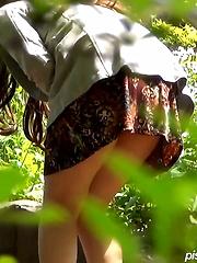 SHOWIN' THE GO! - Japarn porn pics at JapHole.com