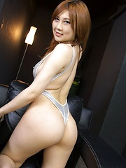 Toying trimmed pussy of steamy Hiyori Konno - Japarn porn pics at JapHole.com