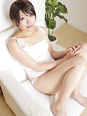 Cute girl from Tokyo Mayu Takeuchi exposes her sweet pussy for you - Japarn porn pics at JapHole.com