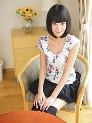 Short-haired sexy japanese girl Tomomi Kai