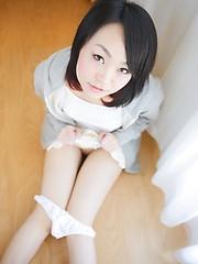 Very hot japanese cutie Konomi Okumura - Japarn porn pics at JapHole.com