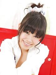 Naked japanese schoolgirl Hiromi Koga - Japarn porn pics at JapHole.com