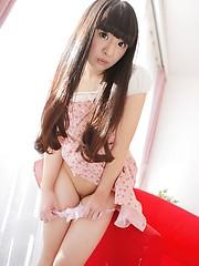 Big-eyed asian girl Mariko Fujie - Japarn porn pics at JapHole.com