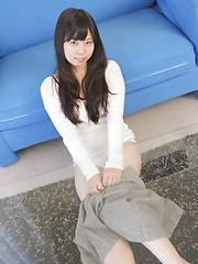 Brunette japanese doll Chinatsu Murota - Japarn porn pics at JapHole.com