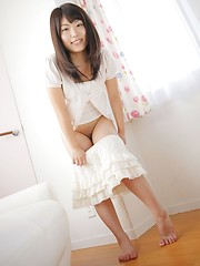 Minami Yoshizawa is a cute girl from Japan - Japarn porn pics at JapHole.com