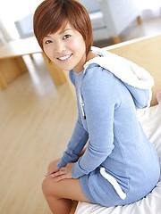 Very hot japanese girl Emi Katakura