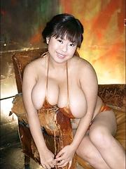 Fuko posing her moster tits in a black bikini - Japarn porn pics at JapHole.com