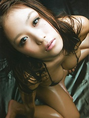 Asian idol Mai Nishida posing her breasts - Japarn porn pics at JapHole.com