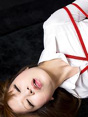 Bondaged japanese slut doing deep - Japarn porn pics at JapHole.com