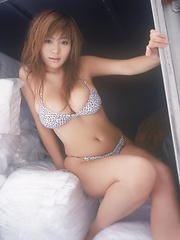 One of the hottest japanese busty idol ever! Yoko Matsugane. - Japarn porn pics at JapHole.com