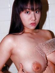Ayami Sakurai posing her natural tits - Japarn porn pics at JapHole.com