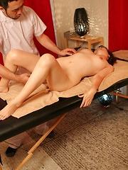 Candid  Erotic Massage Pics