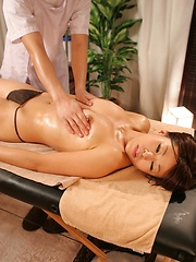 Hiary pussy for lucky masseur - Japarn porn pics at JapHole.com