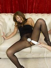 Hot asian babe Erena Kurosawa - Japarn porn pics at JapHole.com