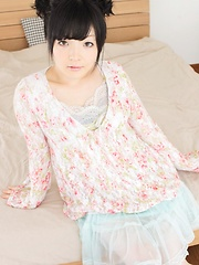 g-queen.com - Yuki Sanmiya - Japarn porn pics at JapHole.com