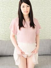 Japanese cutie Mayuka Ikeda - Japarn porn pics at JapHole.com