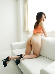Japanese girl Ayano solo pics - Japarn porn pics at JapHole.com