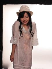 Siori Motomiya oiled pics - Japarn porn pics at JapHole.com