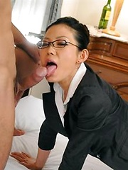 J Ecstasy - Yui Komine gets sperm on her face - Japarn porn pics at JapHole.com
