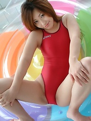 Japan swimsuit desires