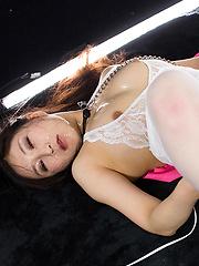 Skinny japanese slut Oshiro Kaede deepthroats - Japarn porn pics at JapHole.com