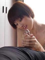 Short-haired japanese girl Mizuki - Japarn porn pics at JapHole.com
