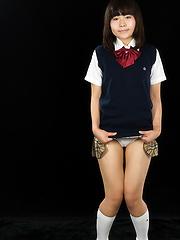 Japanese schoolgirl Kitahara Chiaki - Japarn porn pics at JapHole.com