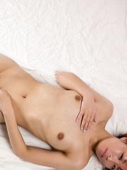 Japanese adult model Hirako Saori pics - Japarn porn pics at JapHole.com