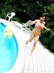 Ayami Sakurai posing in bikinis her big breasts - Japarn porn pics at JapHole.com