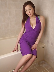 Japanese with huge tits posing in hot lingerie - Japarn porn pics at JapHole.com