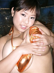 Asian idol Fuko posing in several bikinis - Japarn porn pics at JapHole.com