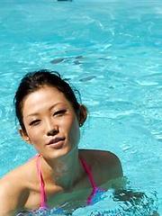 J Ecstasy - Yui Komine - Japarn porn pics at JapHole.com
