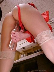 Sexy Yuna Hirose gets two hard cocks - Japarn porn pics at JapHole.com