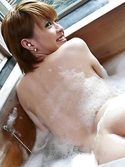 Kaoru Amamiya Asian has hairy slit under shower and licked by man - Japarn porn pics at JapHole.com