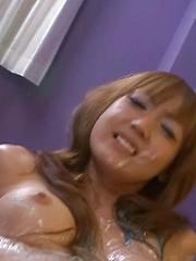 Yuki Mizuho Asian gets paint on curves and vibrator on love box - Japarn porn pics at JapHole.com