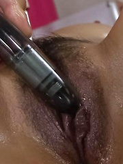 Ren Mizumori Asian is fucked with vibrator and licks phallus well - Japarn porn pics at JapHole.com
