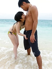 Hina Maeda Asian is fucked in mouth and has cunt rubbed at sea - Japarn porn pics at JapHole.com