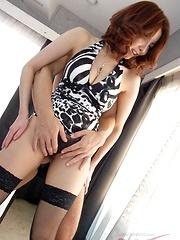 Yuna Hirose with two guys - Japarn porn pics at JapHole.com