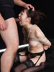 Hot japanese babe Miyazaki Yuma - Japarn porn pics at JapHole.com