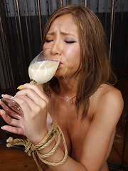 Sumire drinks sperm - Japarn porn pics at JapHole.com
