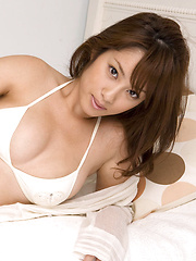 Ayaka Noda Asian in white lingerie shows hot tits and juicy ass - Japarn porn pics at JapHole.com