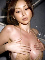 Anri Sugihara Asian spoils her big assets with shower over bra - Japarn porn pics at JapHole.com