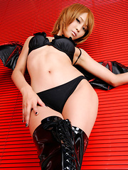 Sayuri Ono Asian is dangerous batwoman in high heels long boots - Japarn porn pics at JapHole.com